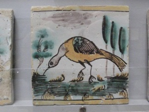 caltagirone_museum_bird_tile_small_300