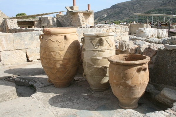 img_0069_knossos_jars_small_600